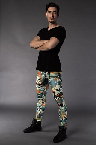 Electric-Graffiti-meggings-hero_900x.jpg
